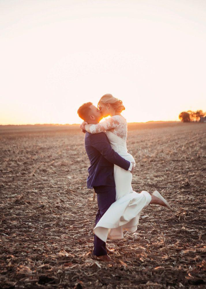 kolby j chicago wedding photography sunset portrait