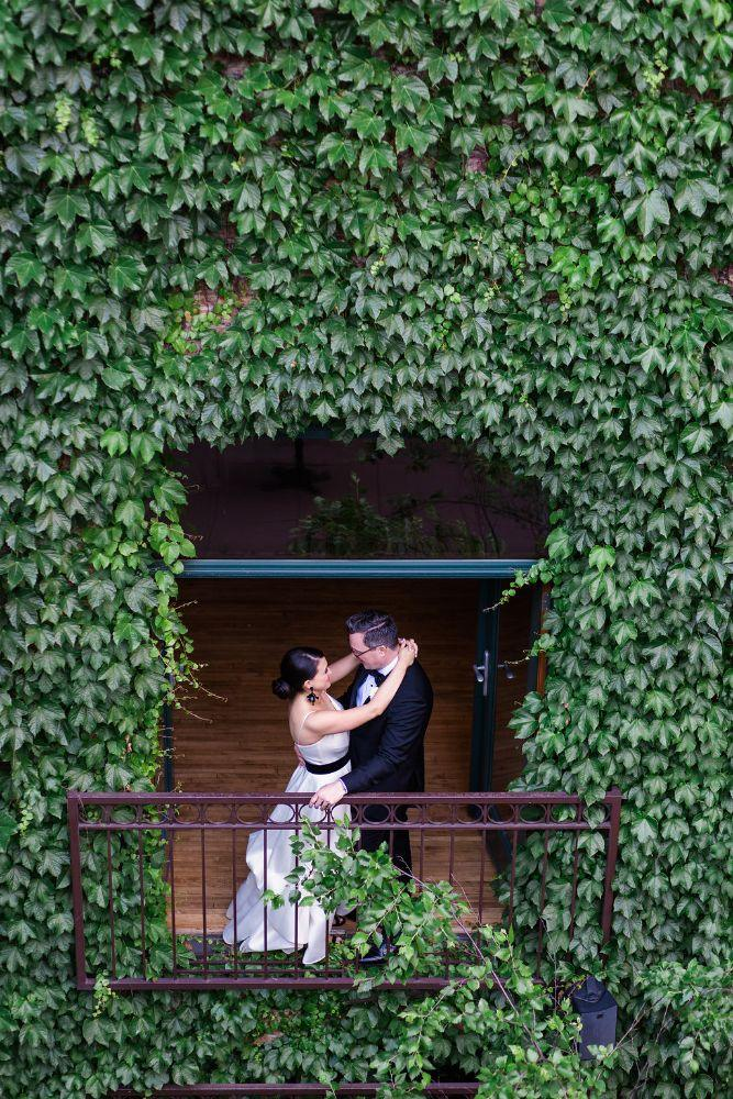 The Ivy Room at Tree Studios bride and groom portraits