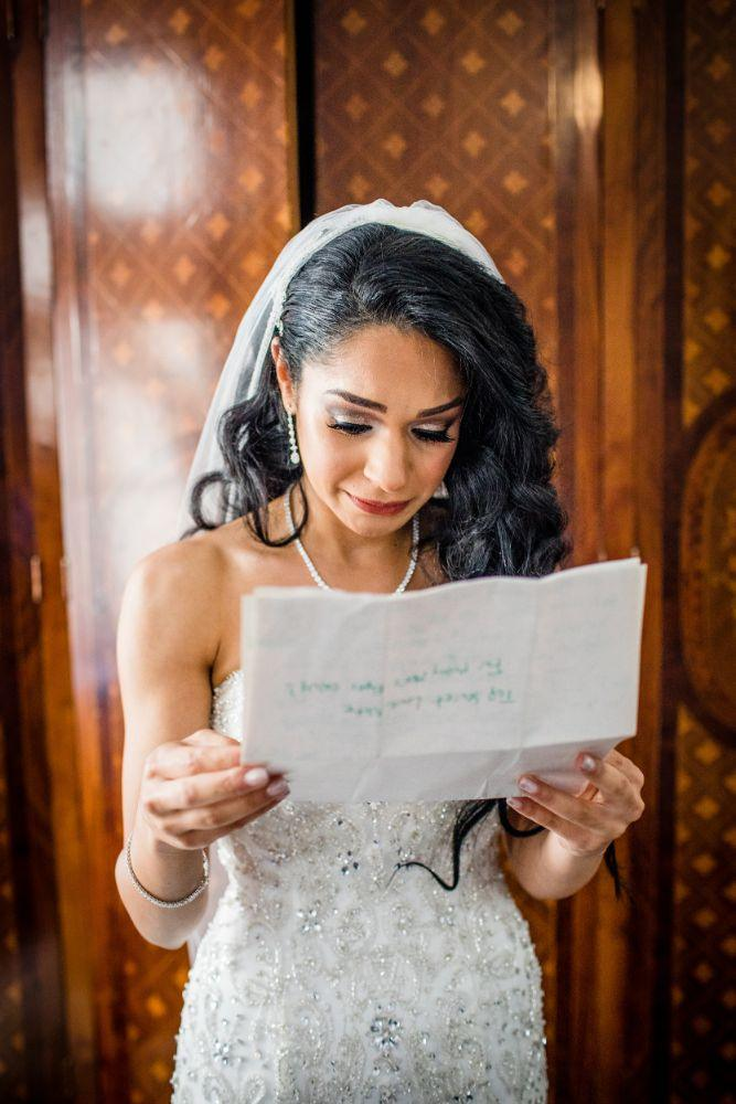 michelle jimmy the congress plaza hotel chicago wedding bride getting ready letter from groom