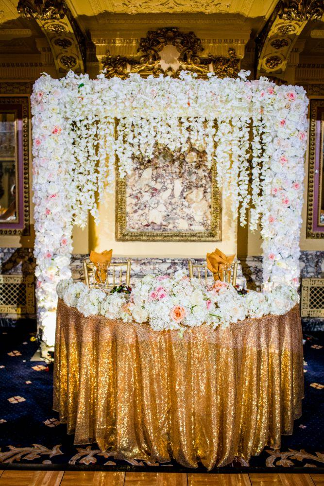 michelle jimmy the congress plaza hotel chicago wedding floral head table