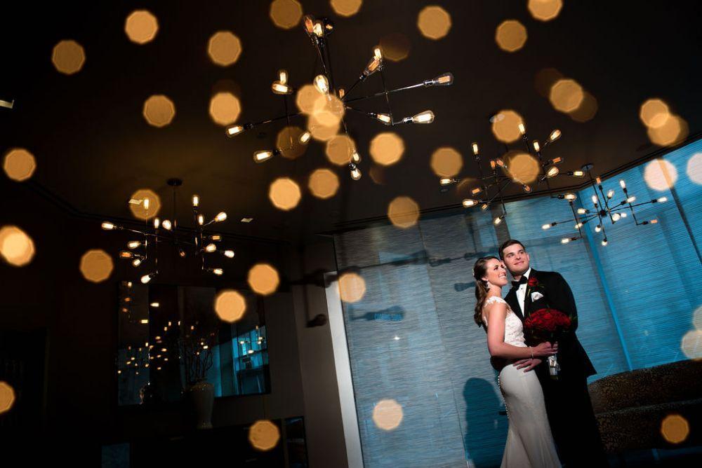sarah chris galleria marchetti chicago, il wedding bride groom portrait