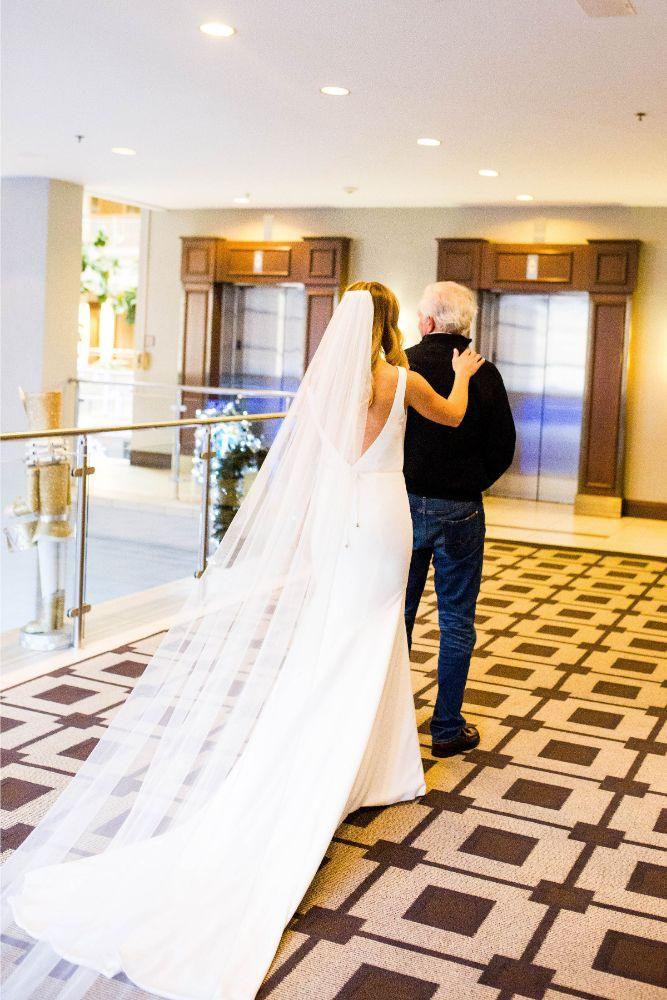 hilary bill galleria marchetti chicago, il wedding first look father of the bride