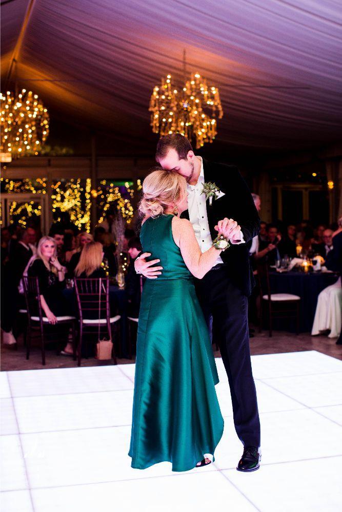 hilary bill galleria marchetti chicago, il wedding mother son dance