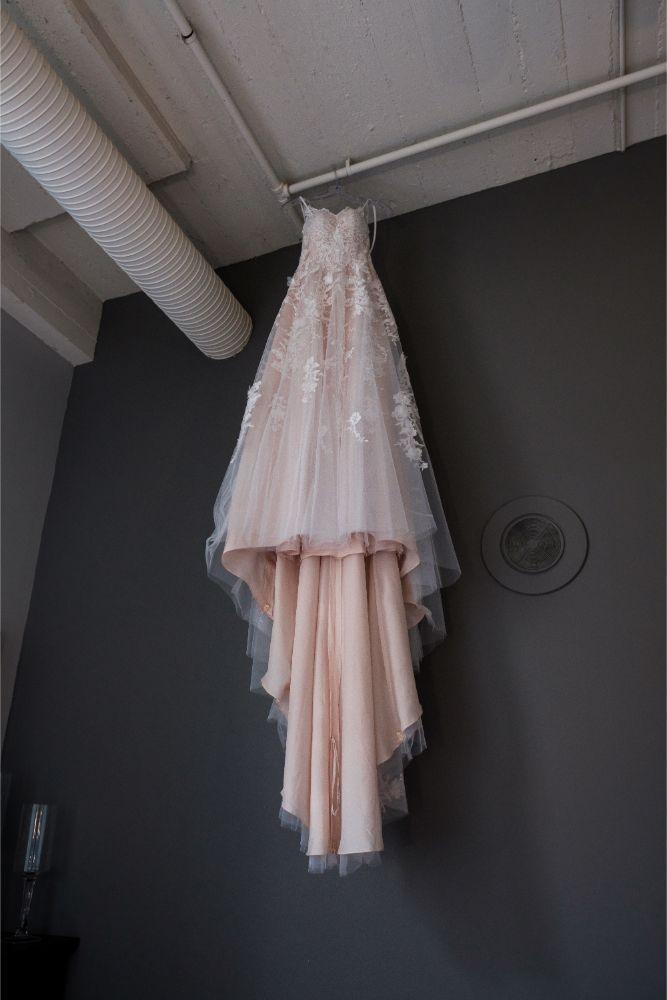 local love kaitlyn tom lacuna lofts chicago, il wedding dress