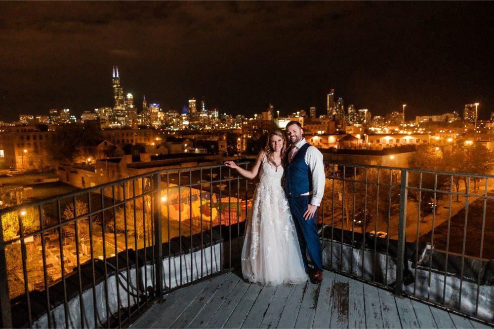 local love kaitlyn tom lacuna lofts chicago, il wedding bride groom portraits