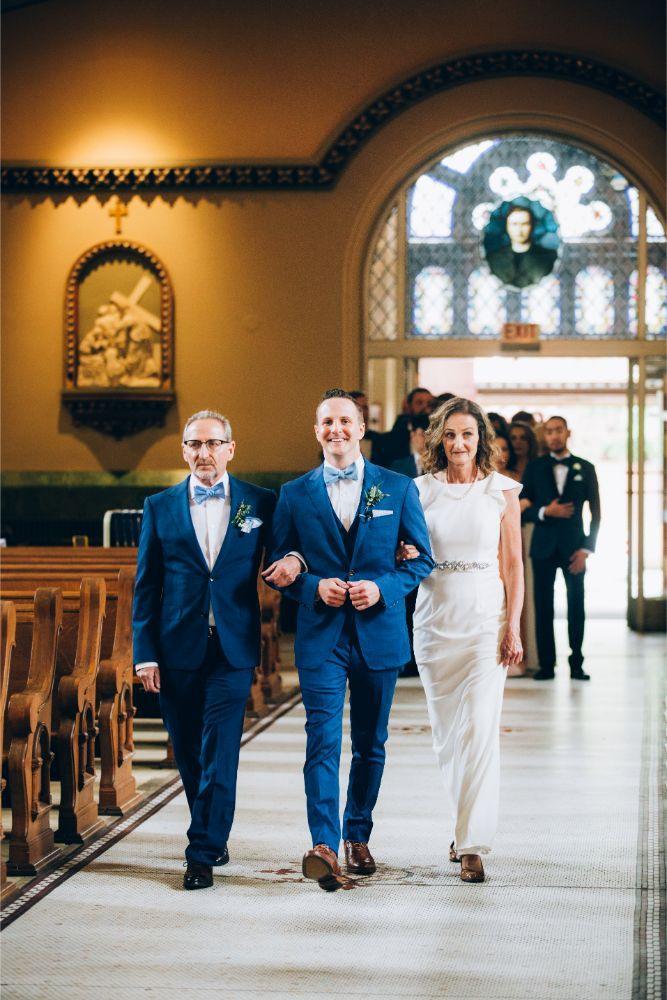 kathy michael skyline loft bridgeport art center chicago wedding groom seating parents wedding ceremony