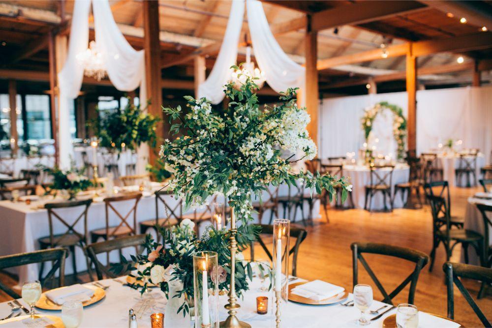 kathy michael skyline loft bridgeport art center chicago wedding reception details