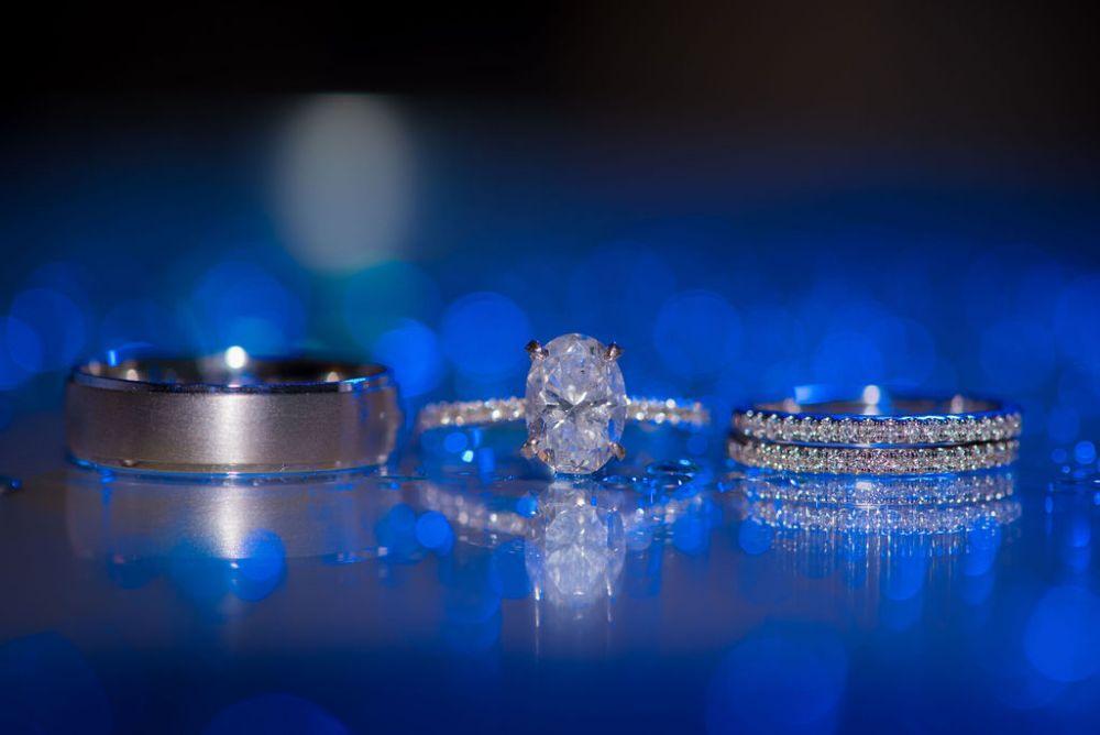 sarah chris galleria marchetti chicago, il wedding rings