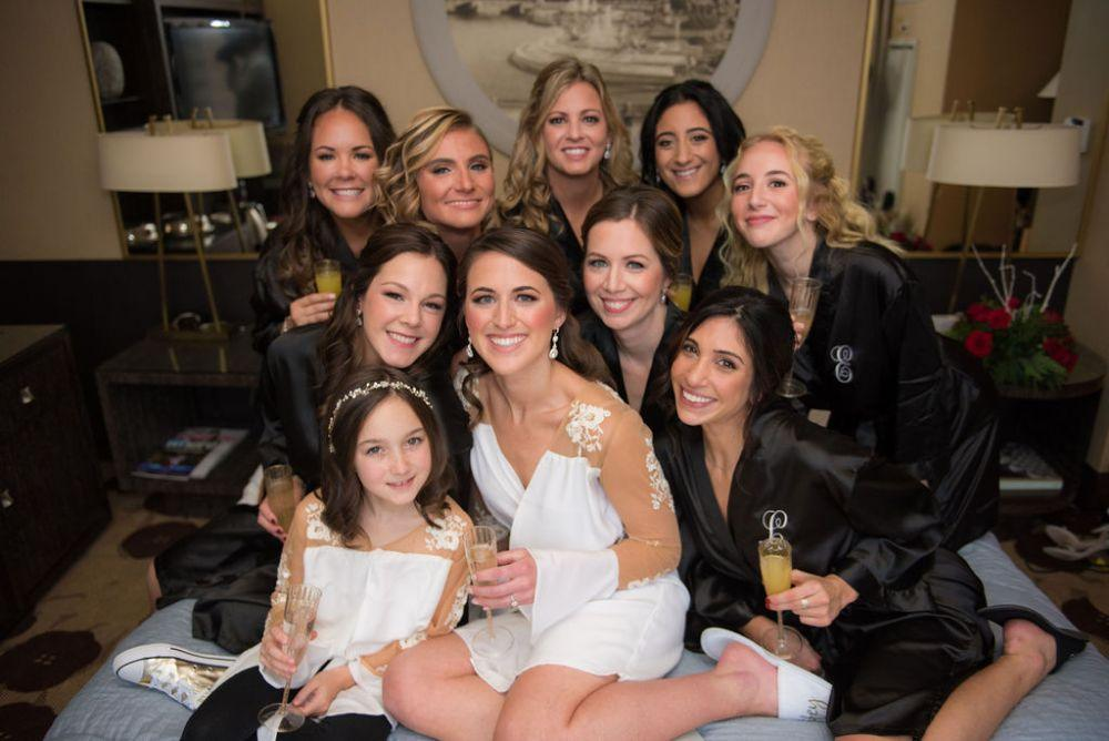sarah chris galleria marchetti chicago, il wedding bridal party getting ready