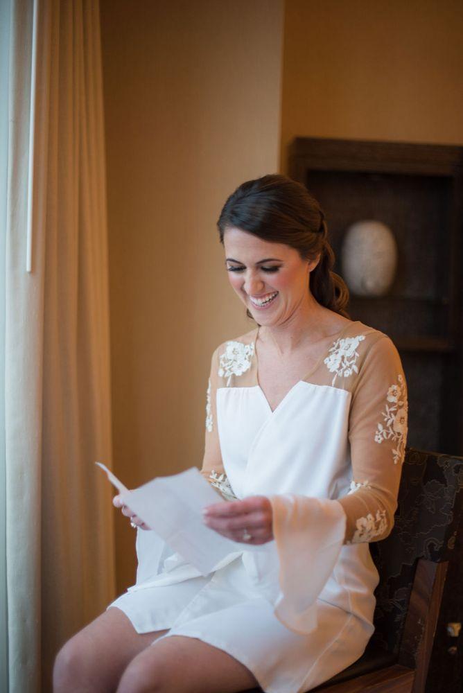 sarah chris galleria marchetti chicago, il wedding bride getting ready