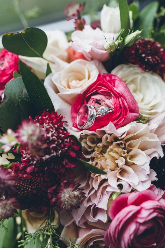 alison eric bridgeport art center chicago, il wedding rings and bouquet