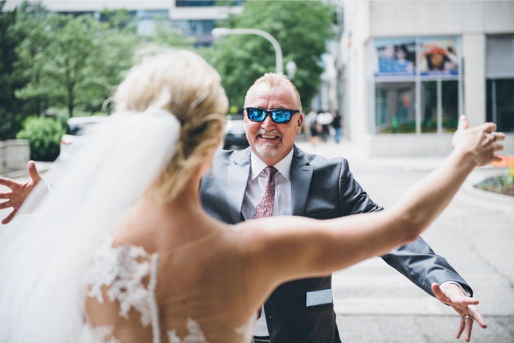 alison eric bridgeport art center chicago, il wedding first look with dad