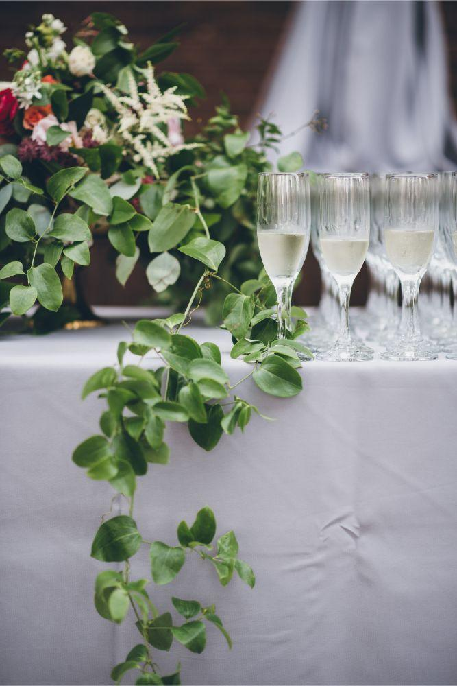 alison eric bridgeport art center chicago, il wedding ceremony champagne