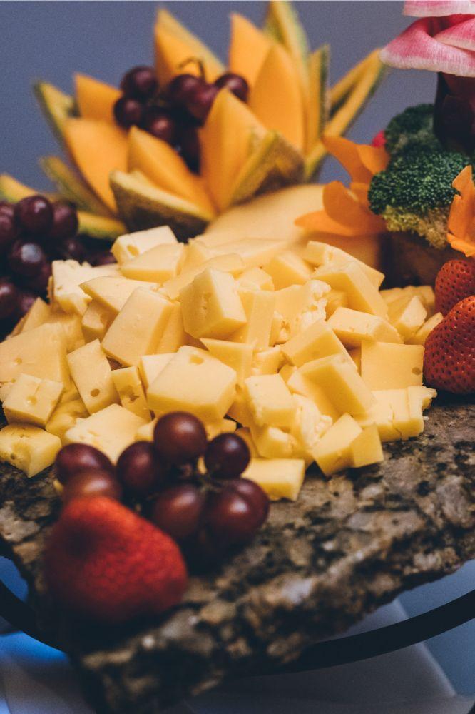 alison eric bridgeport art center chicago, il wedding cheese plate