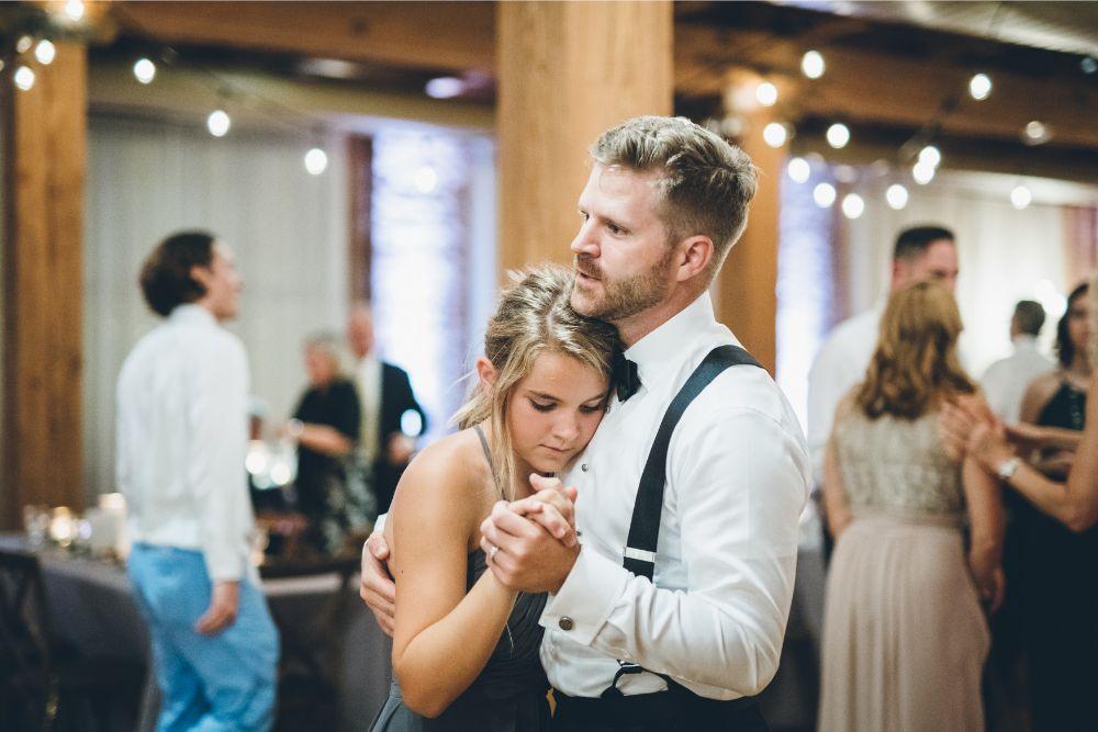alison eric bridgeport art center chicago, il wedding