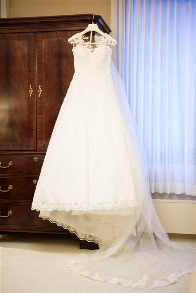 abby ian Union League Club of Chicago wedding dress