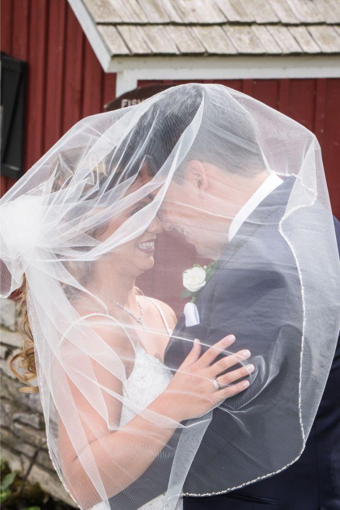 lindsay demetrius fisherman's inn chicago il wedding bride groom veil photo