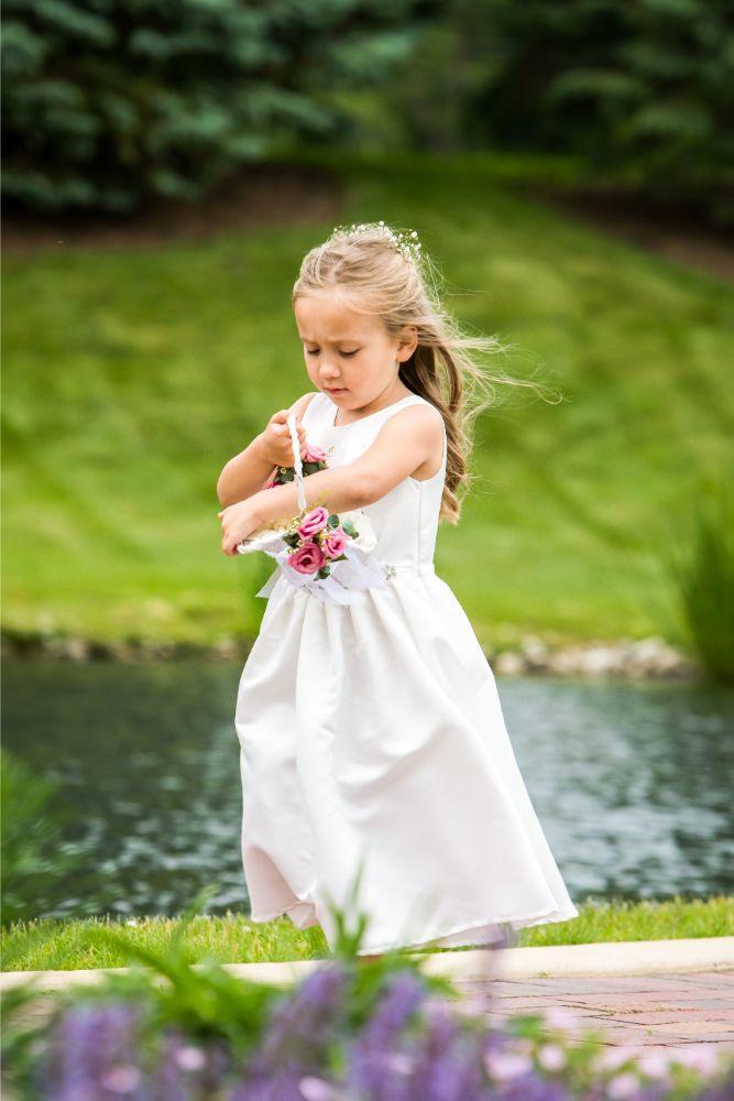 lindsay demetrius fisherman's inn chicago il wedding flower girl
