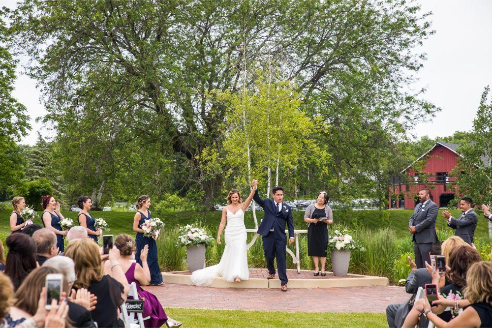 lindsay demetrius fisherman's inn chicago il wedding ceremony