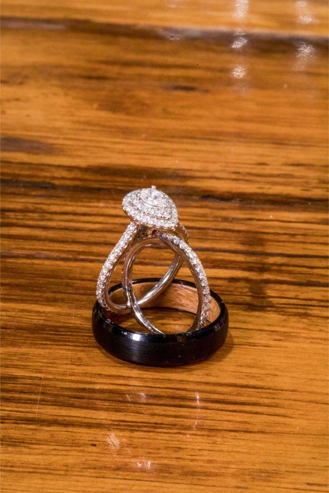 lindsay demetrius fisherman's inn chicago il wedding rings