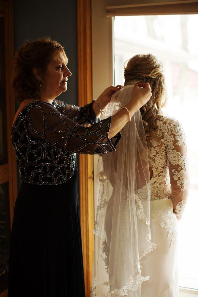 meaghann travis cog hill golf & country club chicago, il wedding mother helping daughter get ready