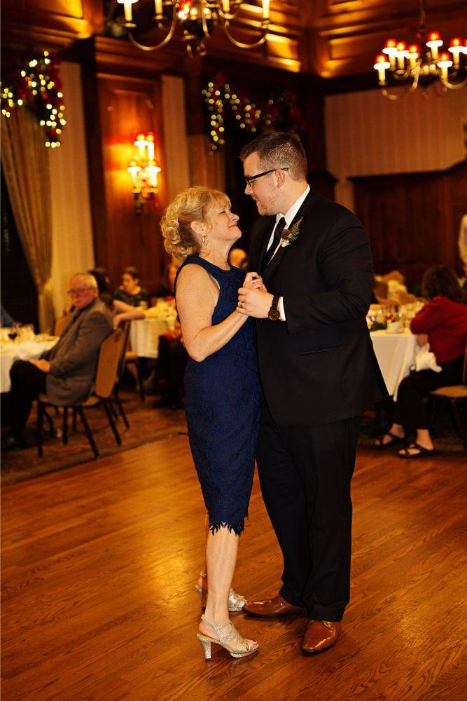meaghann travis cog hill golf & country club chicago, il wedding mother son dance