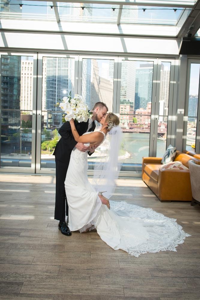 jana matt gibsons steakhouse chicago, il wedding