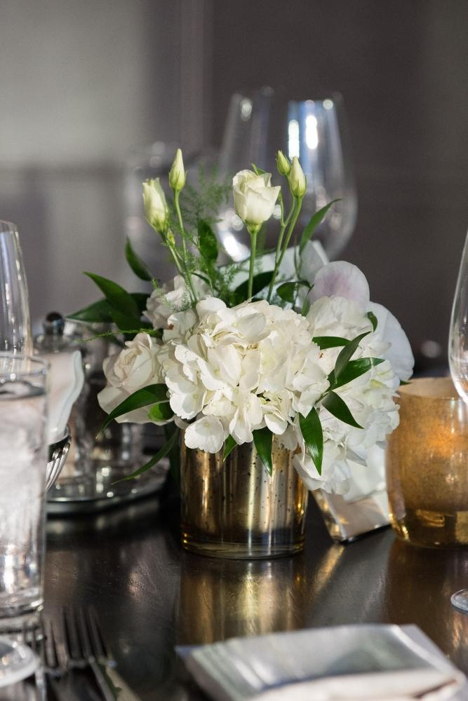 jana matt gibsons steakhouse chicago, il wedding receptiond decor