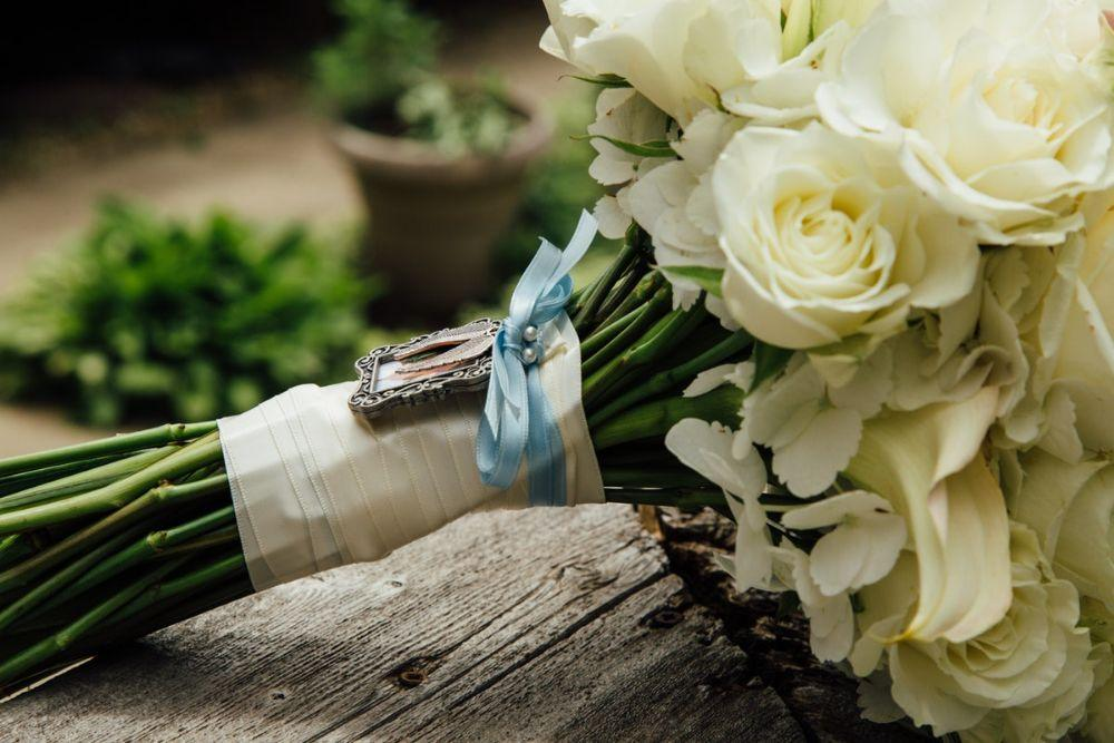 kelly nick local love the beverly country club chicago, il wedding bridal bouquet