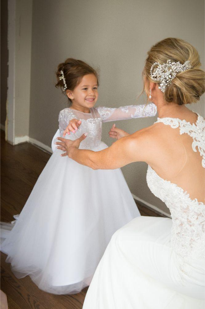 jana matt gibsons steakhouse chicago, il wedding bride and flower girl