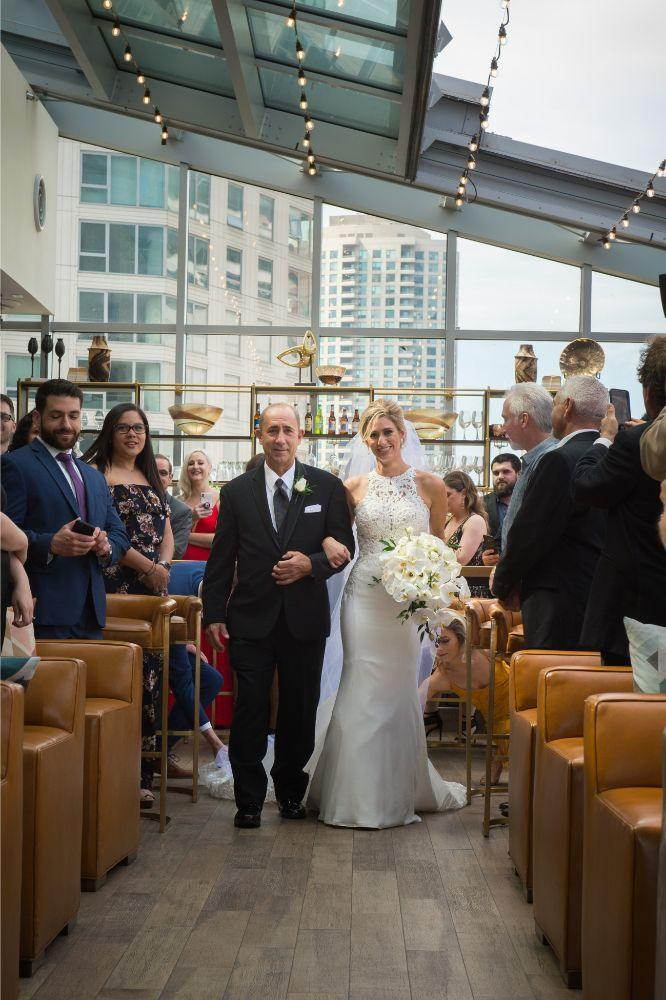 jana matt gibsons steakhouse chicago, il wedding father walking daughter down the aisle