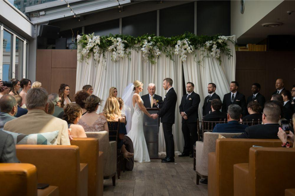 jana matt gibsons steakhouse chicago, il wedding ceremony