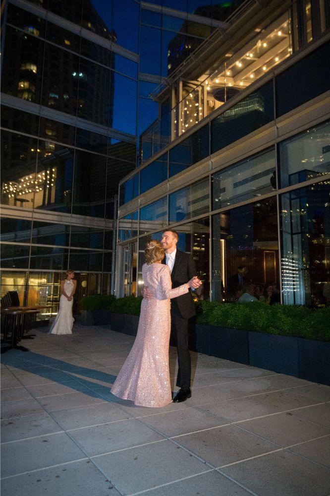 jana matt gibsons steakhouse chicago, il wedding mother son dance
