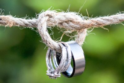 positive mindset therapist blog twa photographic artists wedding rings on twine