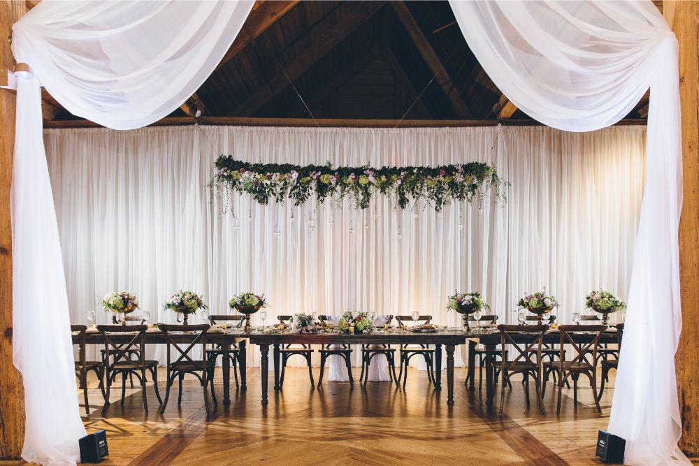 kelly alex local love skyline loft chicago, il wedding reception details