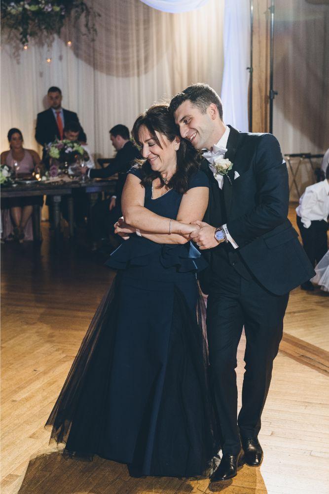 kelly alex local love skyline loft chicago, il wedding mother son dance