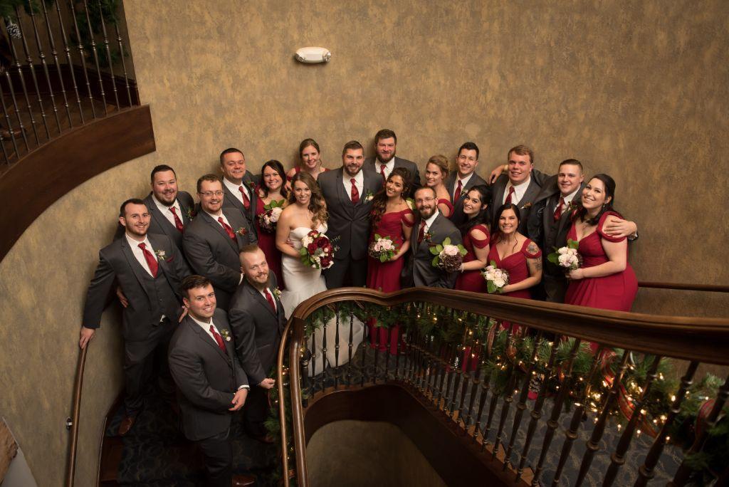 elizabeth kevin local love makray memorial golf club chicago, il wedding party