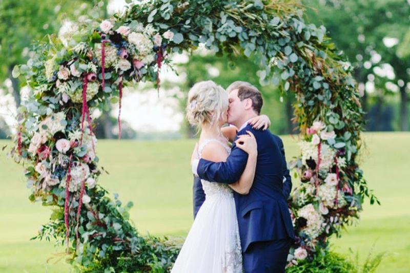 Town & Country Garden | Wedding Flowers | Floral and decor | Wedding Arch