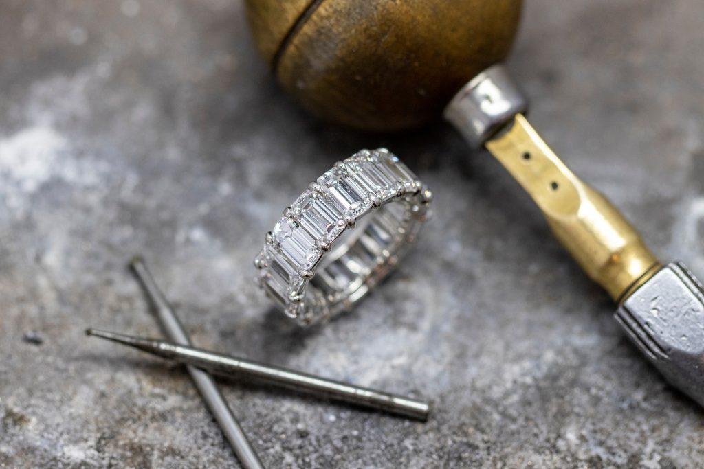 Welcome To The Razny Jewelers