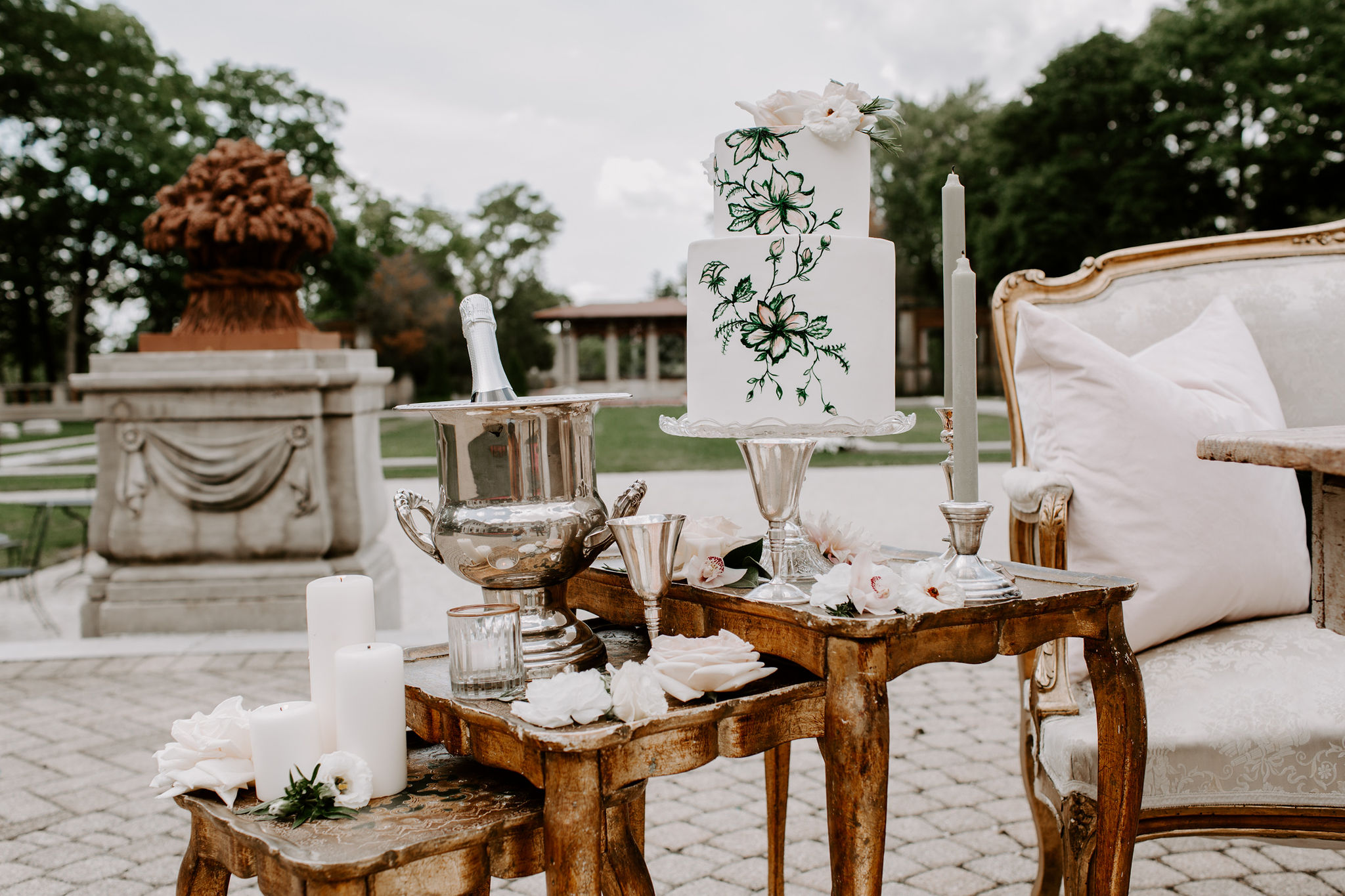 european elegance | modern luxury | wedding cake | armour house