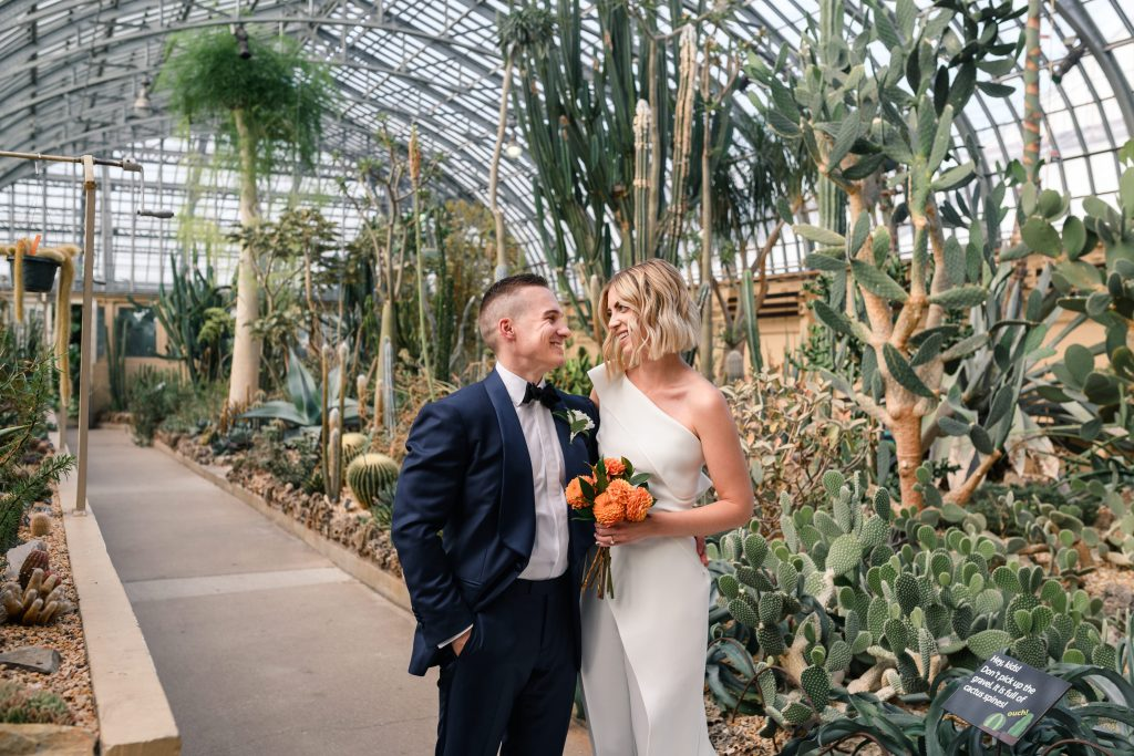 modern wedding | garfield park conservatory