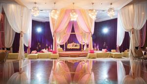 Fiza-Wasay-Mehndi-Belvedere-Banquets-Maha-Designs-Wedding-Photography--37
